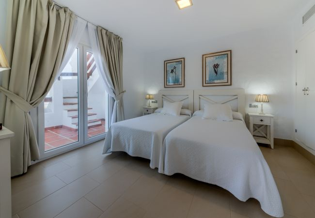 Dormitorio de Villa Poniente - Villas Flamenco Beach (Conil)