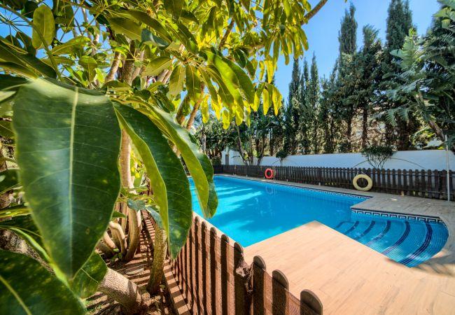 Piscina de Apartamentos planta alta – Hacienda Roche Viejo (Conil)