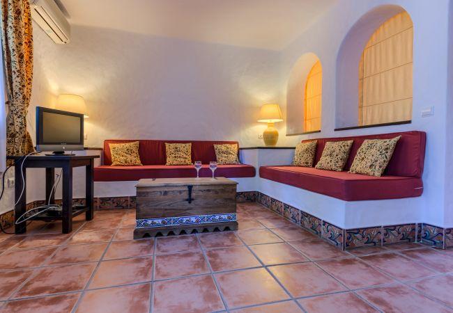 Salón de Apartamentos planta alta – Hacienda Roche Viejo (Conil)