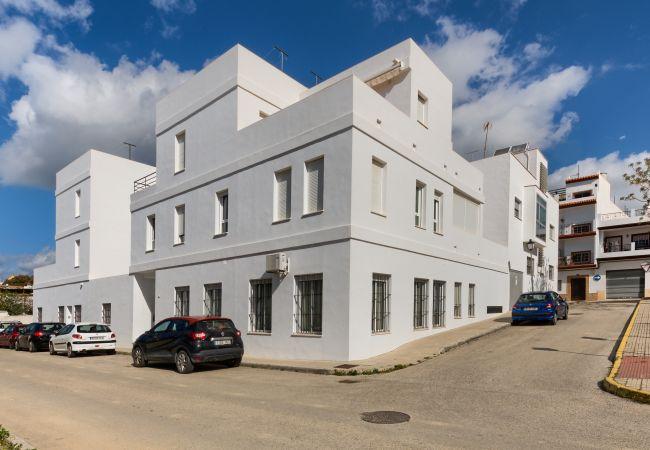 Fachada de Apartamento Bécquer – Villas Flamenco Rentals (Conil)