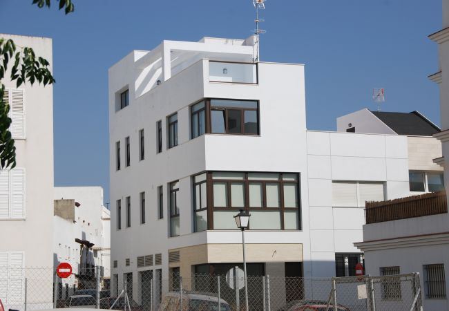 Exterior de Apartamento Mercurio 1 – Villas Flamenco Rentals (Conil)