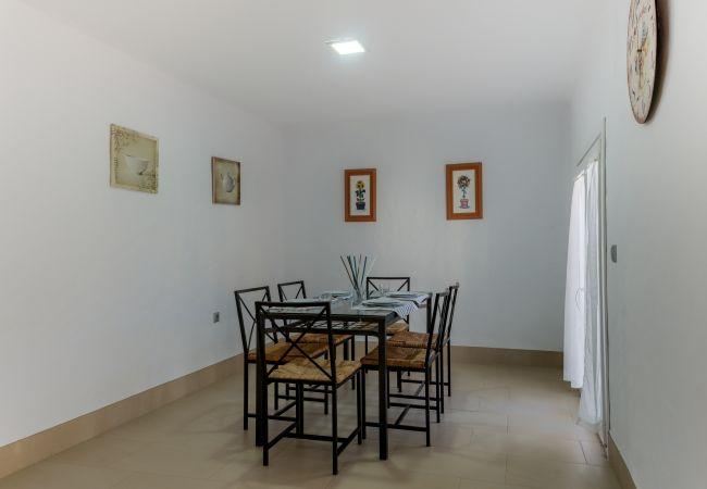 Salón comedor de Villa Cala Encendida - Villas Flamenco Beach (Conil)